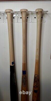 VINTAGE LOUISVILLE SLUGGER BASEBALL BATS Lot of 4 Display Wall Brackets Included