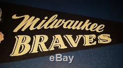 (VTG) 1950s 60s Milwaukee Braves baseball pennant player swinging bat rare Style