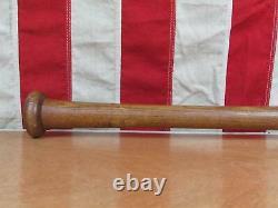 Vintage 1950s Hillerich & Bradsby Wood Baseball Bat Leader HOF Joe DiMaggio 32