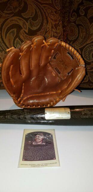 Vintage/antique Hank Aaron Baseball Glove& Serialized Bat 715th Home Run Edition