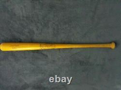 Vintage Brooks Robinson Louisville Slugger baseball bat