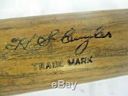 Vintage HOF Kiki Cuyler Hillerich & Bradsby 40 H. C. Baseball Bat Chicago Cubs