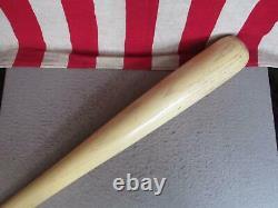 Vintage Hillerich & Bradsby Wood 88 Baseball Bat Leaguer Mickey Mantle HOF 31