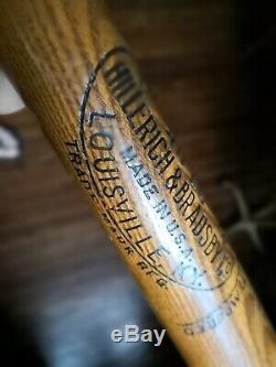 Vintage Lou Gehrig 1933-35 Louisville Slugger H&B 40 LG Store Model Baseball Bat