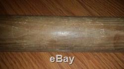 Vintage Louisville Slugger Hillerich & Bradsby Wood Baseball Bottle Bat