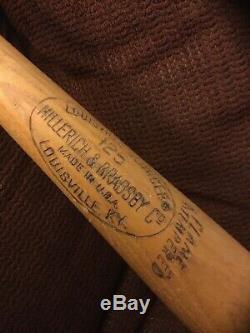 Vintage Louisville Slugger Mickey Mantle Genuine K55 Baseball Bat