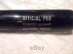 Vintage baseball bat Roberto Alomar gamer